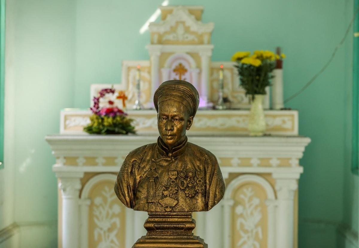 Lăng mộ trăm tuổi của nhà bác học Trương Vĩnh Ký - 9