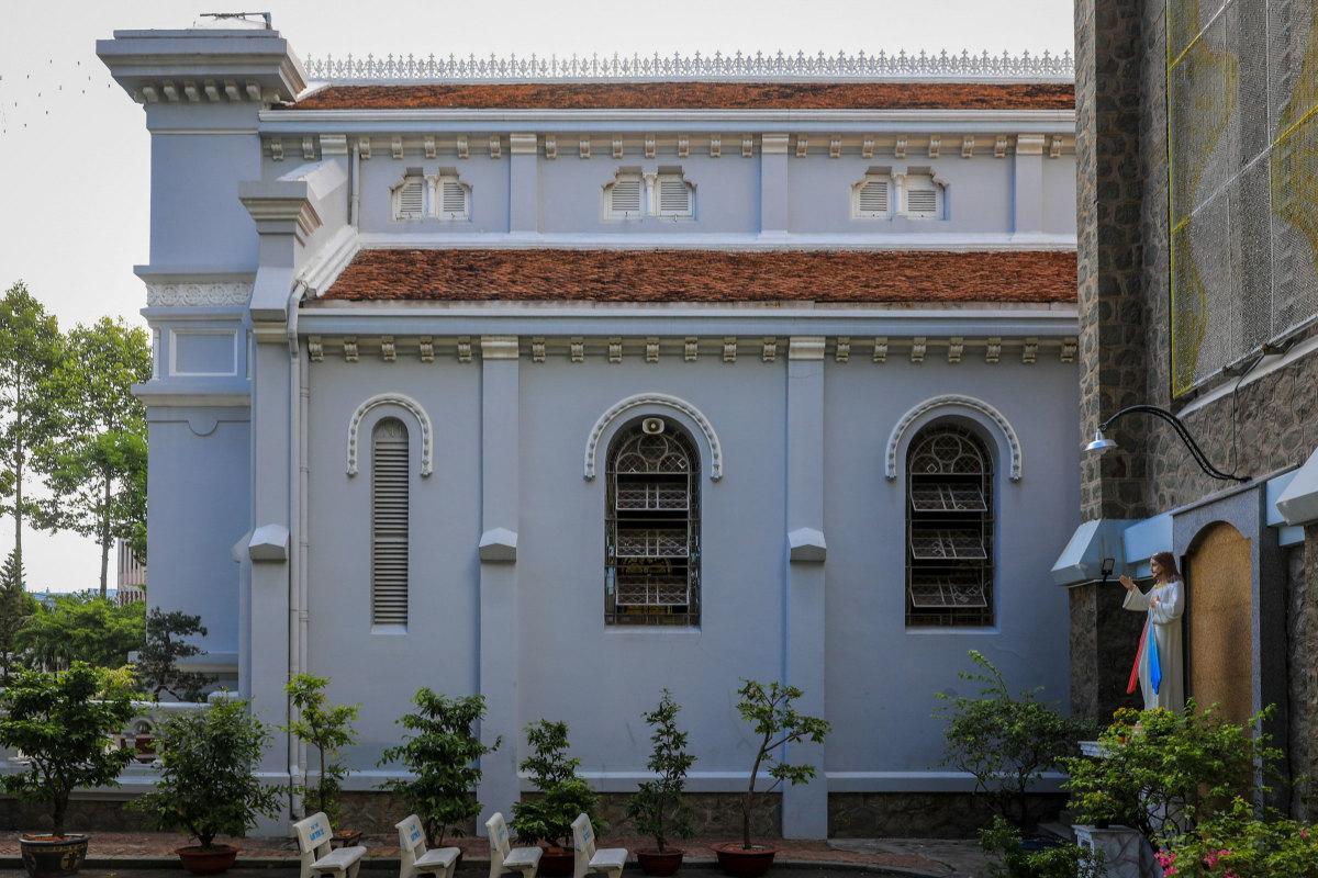 Nhà thờ 99 tuổi của gia đình Nam Phương hoàng hậu - 6