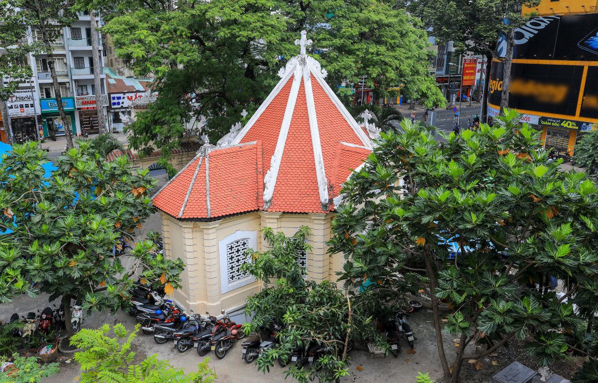 Lăng mộ trăm tuổi của nhà bác học Trương Vĩnh Ký - 1