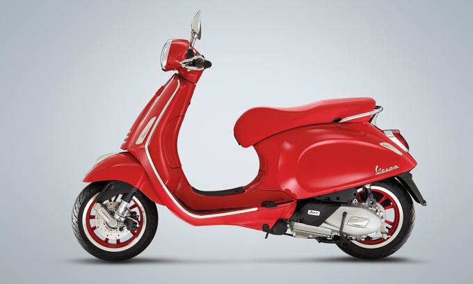 Primavera Red 125. Ảnh: Vespa