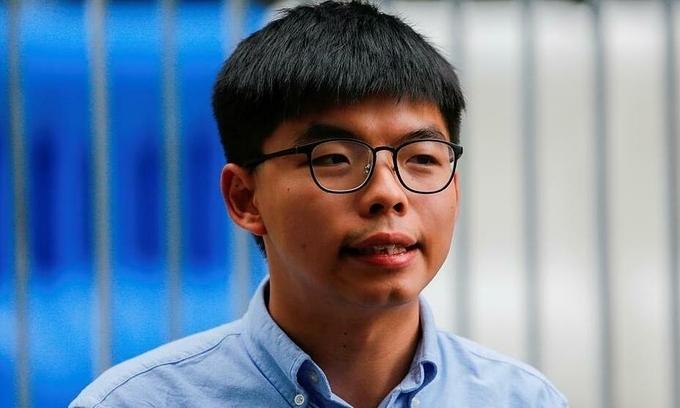 Joshua Wong, lãnh đạo đảng dân chủ Demosisto trả lời báo chí tại Hong Kong tháng 10/2019. Ảnh: Reuters.