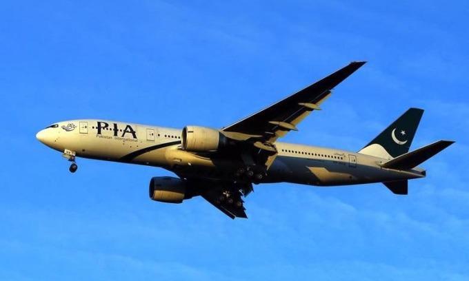 EU đình chỉ hãng bay Pakistan sau bê bối bằng giả