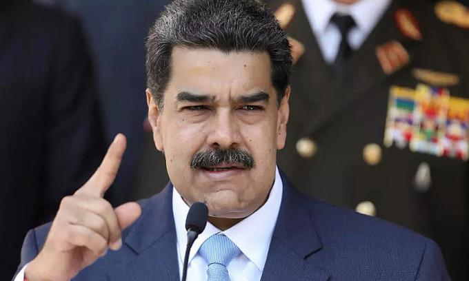 Venezuela yêu cầu đại sứ EU rời đi