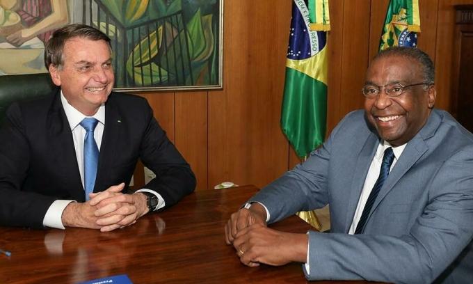 Bộ trưởng Brazil từ chức sau 5 ngày tại nhiệm