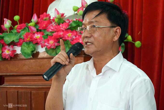 Chủ tịch Quảng Ngãi nghỉ hưu trước ba tháng