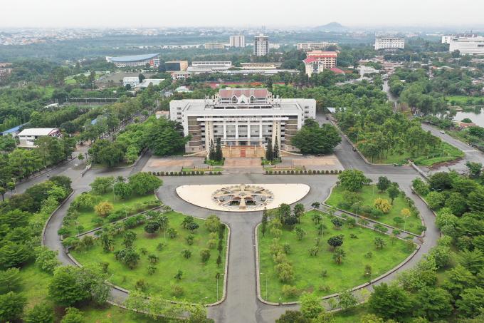 Chuyên gia: Thành phố phía Đông cần có cơ chế đặc thù