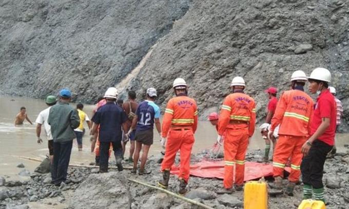 Sạt lở mỏ ngọc bích ở Myanmar, ít nhất 100 người chết