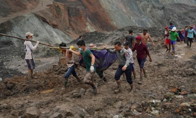Tìm thấy thêm nhiều thi thể vụ sập mỏ ngọc Myanmar