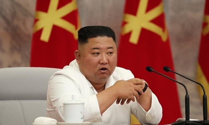Kim Jong-un ca ngợi Triều Tiên chống Covid-19