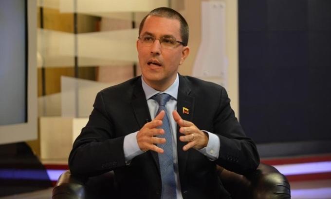 Venezuela rút quyết định trục xuất đại sứ EU