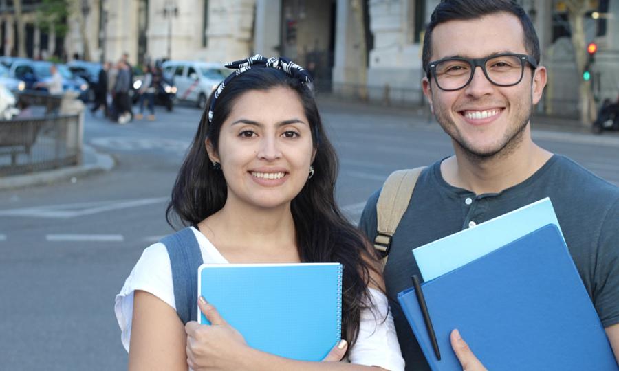 Tám cách học đại học Mỹ miễn phí