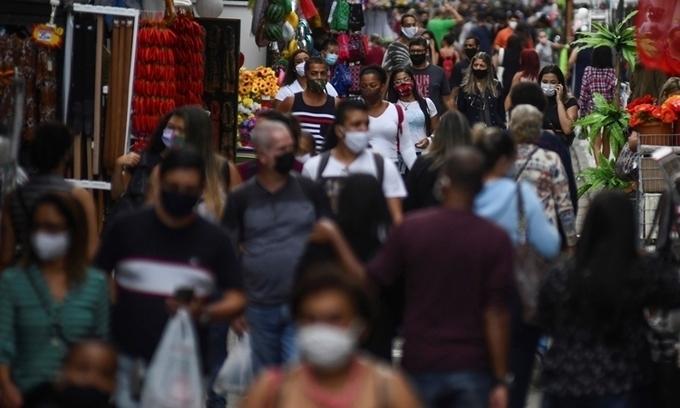 Ca nCoV vượt 1,5 triệu, Brazil vẫn tái mở cửa