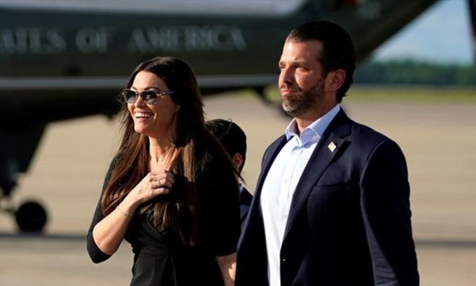 Bạn gái của con trai Trump nhiễm nCoV