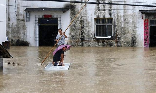 Hoãn thi đại học do ngập lụt
