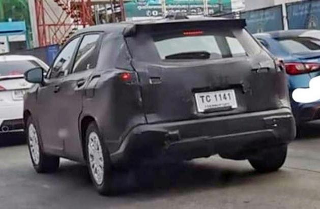 Mẫu Toyota mới chạy thử tại Thái Lan vài tháng trước. Ảnh: Thai Car Inside