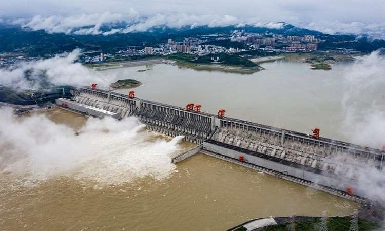 Đập Tam Hiệp kiểm soát nước lũ như thế nào?