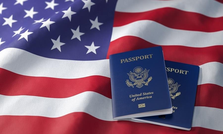 Du học sinh tại Mỹ có nguy cơ bị trục xuất
