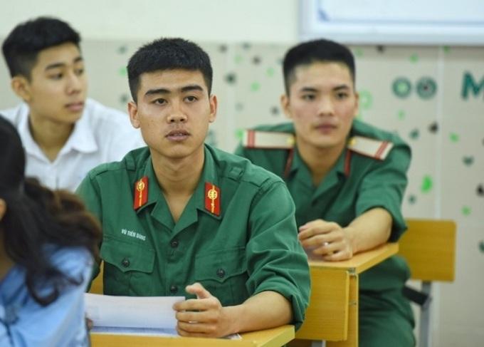 Tuyển chọn sĩ quan dự bị từ công dân 35 tuổi trở xuống