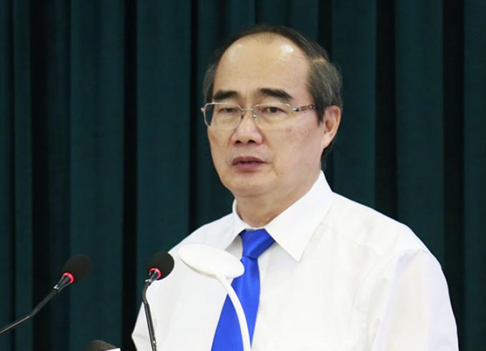 Bí thư Thành uỷ TP HCM Nguyễn Thiện Nhân phát biểu bế mạc Hội nghị Thành uỷ lần thứ 42. Ảnh: Hữu Công