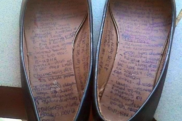 Quần áo và giày dép được tận dụng triệt để để làm chiếc phao cứu sinh cho những thành phần lười học.