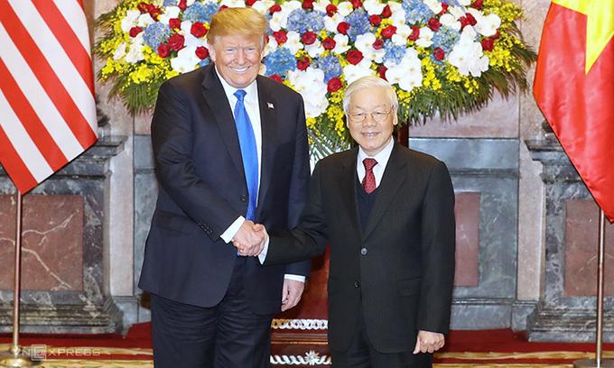 Tổng bí thư, Chủ tịch nước Nguyễn Phú Trọng (phải) và Tổng thống Mỹ Trump tại Hà Nội tháng 2/2019. Ảnh:Ngọc Thành.
