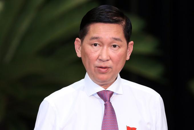 Ông Trần Vĩnh Tuyến trong buổi họp cuối năm 2018. Ảnh: Hữu Khoa.