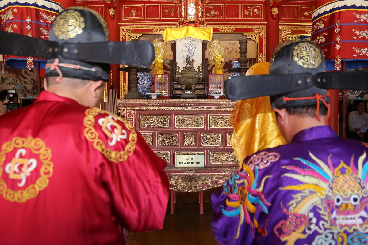Rước long vị vua Hàm Nghi về di tích thành Tân Sở