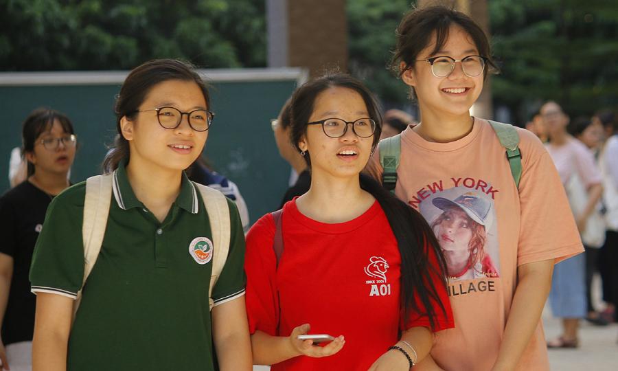 Gần 5.000 thí sinh tranh suất vào trường chuyên Sư phạm