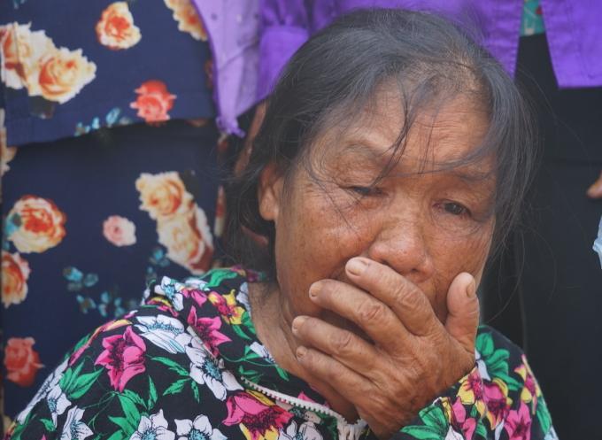Bà Nguyễn Thị Mão trong ngày đón con trai trở về. Ảnh: Gia Chính