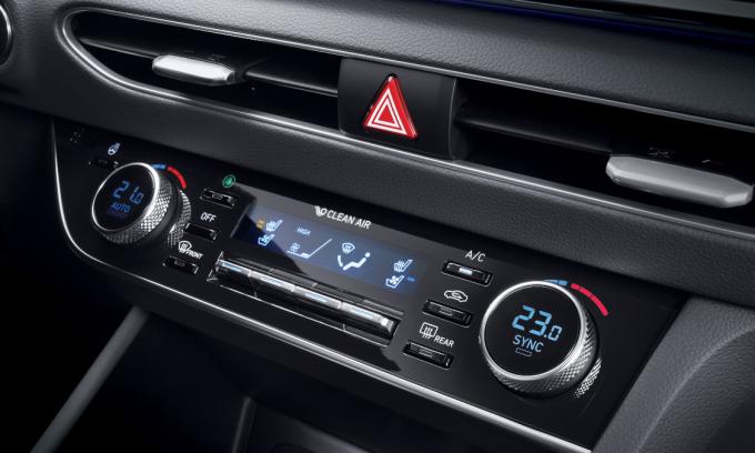 Hệ thống điều khiển điều hòa trên một mẫu xe Hyundai hiện nay. Ảnh: Hyundai