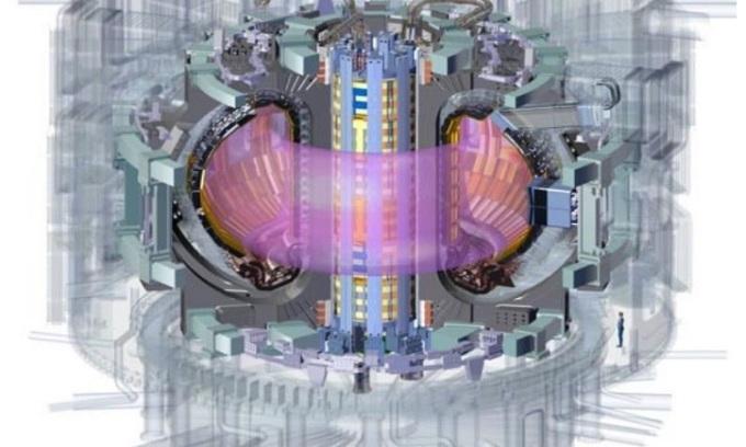 Cuộn dây solenoid (màu vàng) ở trung tâm của lò ITER. Ảnh: Sci Tech Daily.