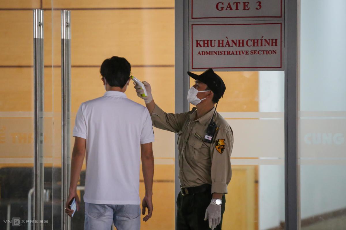 Đà Nẵng gấp rút lập bệnh viện dã chiến