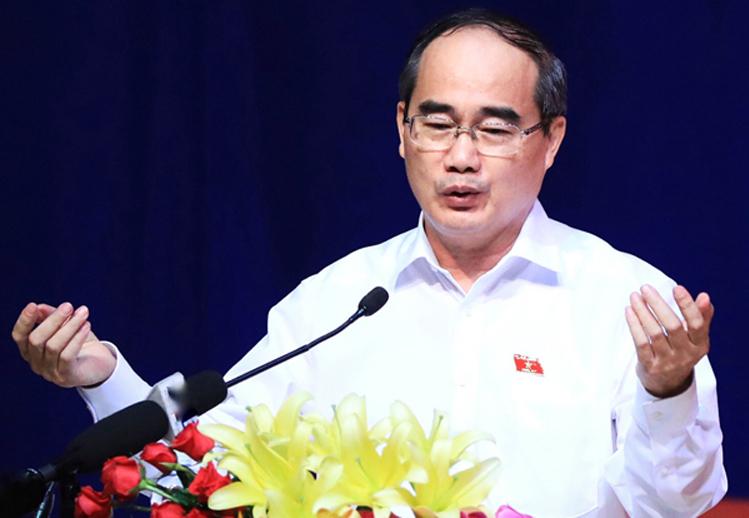 Bí thư TP HCM đề nghị cách ly Đà Nẵng như 'kinh nghiệm Vũ Hán'