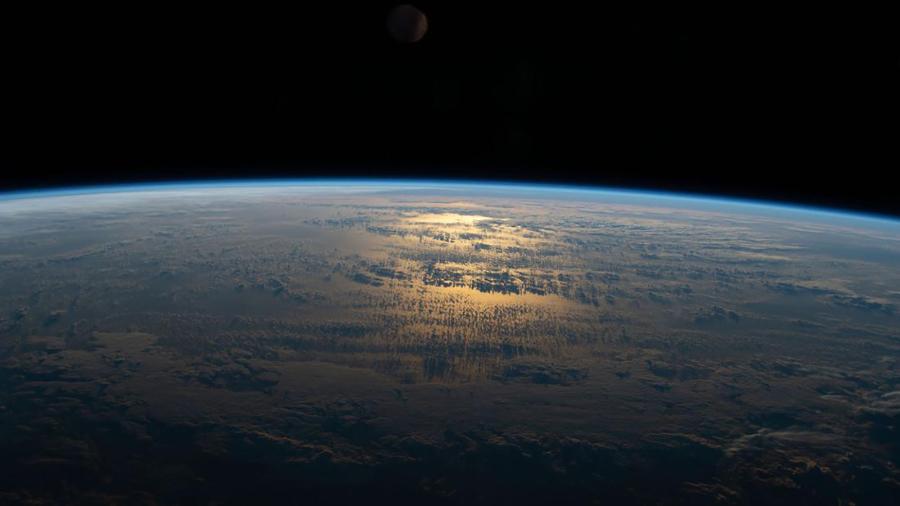 Trái Đất qua ảnh chụp từ Trạm Vũ trụ Quốc tế