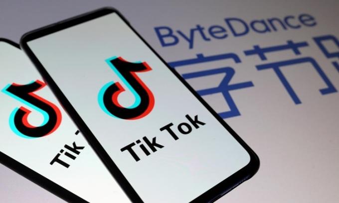 Logo TikTok trên màn hình điện thoại thông minh tháng 11/2019. Ảnh: Reuters.