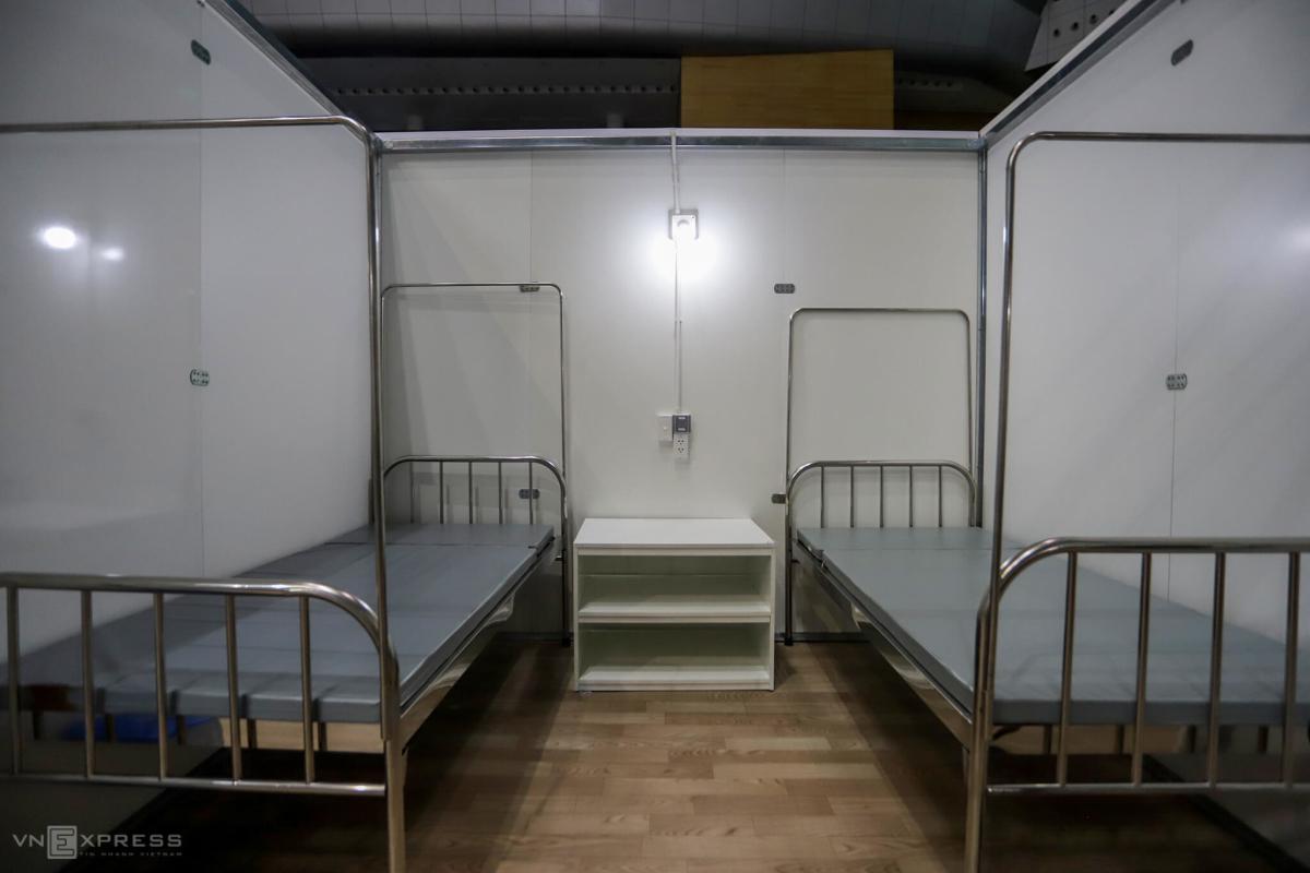 Bệnh viện dã chiến hoàn thành sau 4 ngày lắp đặt