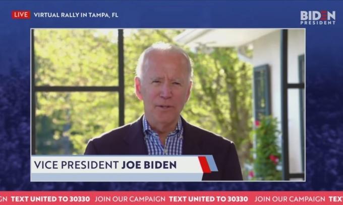 Biden xuất hiện trong cuộc vận động tranh cử qua mạng tại Tampa, Florida ngày 7/5. Ảnh: Reuters.
