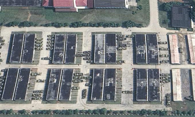 Ảnh vệ tinh chụp thiết giáp lội nước ZTD-05 tại căn cứ một lữ đoàn hiệp đồng binh chủng của Bộ tư lệnh Chiến khu phía Đông của quân đội Trung Quốc hồi tháng 7. Ảnh: anwa Defence Review.