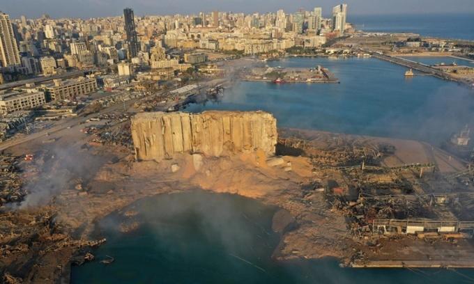 Khung cảnh cảng Beirut ngày 5/8, sau vụ nổ. Ảnh: AP.