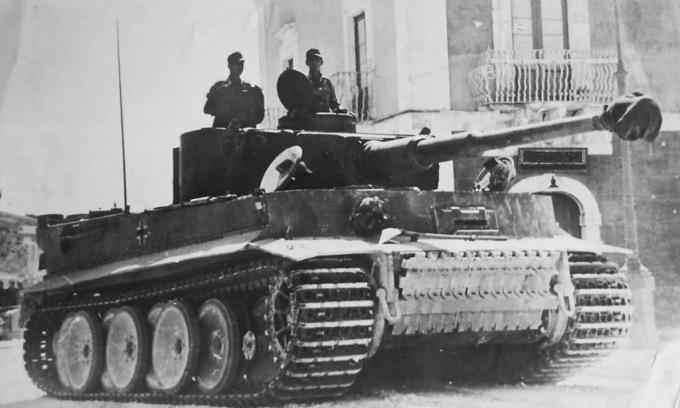 tiger-tank-1-8455-1596699294.jpg?w=680&h=0&q=100&dpr=1&fit=crop&s=oazmgx1vo4T7hJQEuDAstQ