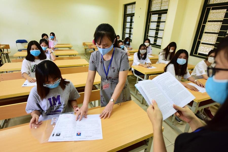 Hơn 26.000 thí sinh phải thi tốt nghiệp đợt hai