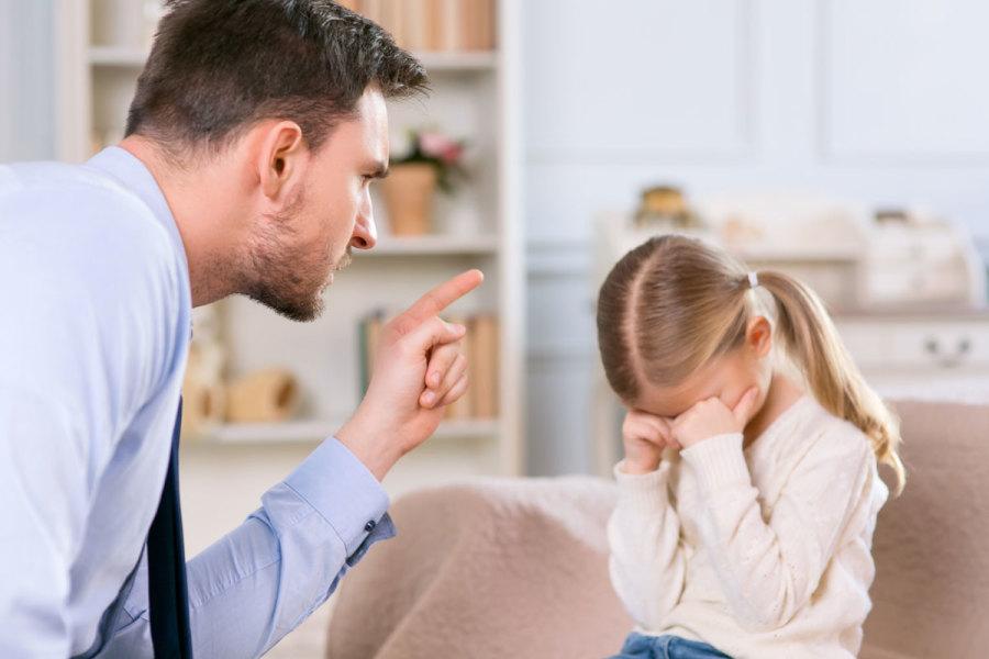 Xử lý trẻ nhõng nhẽo mà không cần la mắng