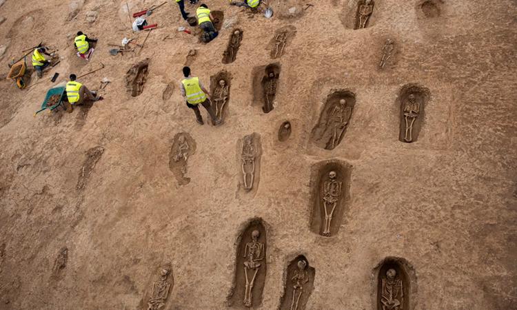 Phát hiện 103 hài cốt nghìn năm tuổi