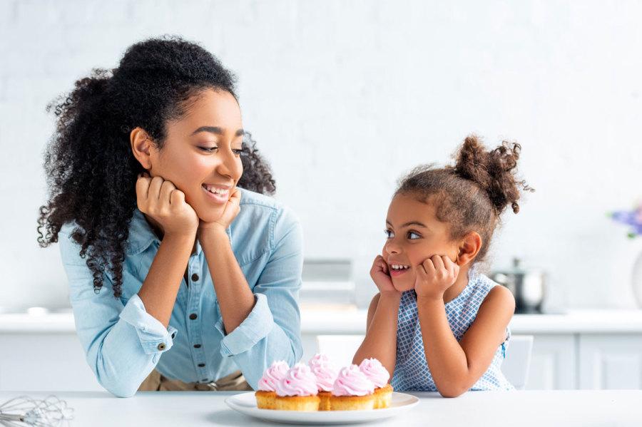 10 cách lắng nghe con