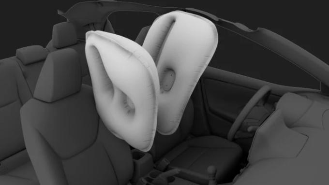 Công nghệ an toàn nâng cấp, trong đó có túi khí đôi giữa hai ghế trước, là một trong những lý do khiến Yaris thế hệ mới tăng giá. Ảnh: Toyota