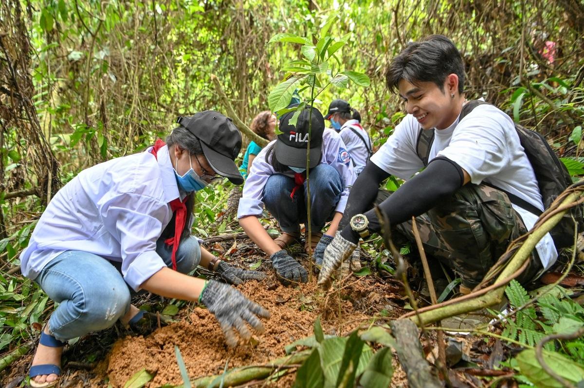 Vườn Quốc gia Bến En trồng thêm 5.000 cây thân gỗ