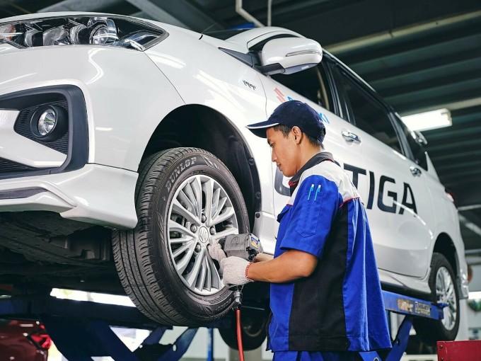 Đội ngũ kỹ thuật viên có chuyên môn cao giúp khách hàng an tâm khi thực hiện bảo dưỡng tại các đại lý Suzuki. Ảnh: Suzuki.