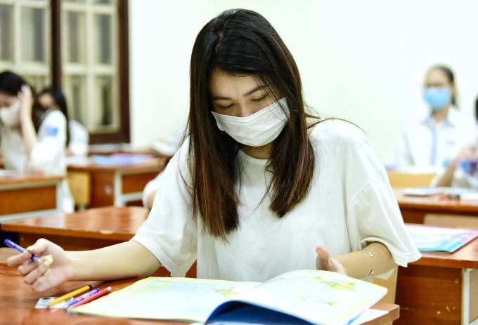 Thí sinh dự thi tốt nghiệp THPT tại Hà Nội. Ảnh: Giang Huy