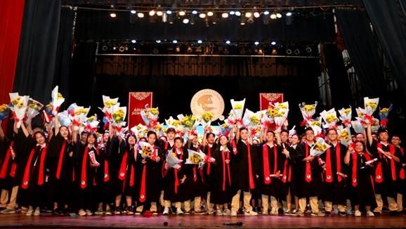 100% học sinh Asian School đỗ tốt nghiệp THPT