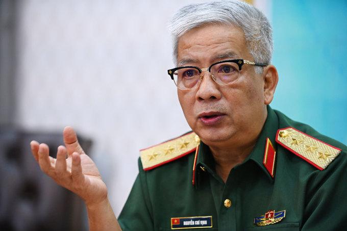 Thượng tướng Nguyễn Chí Vịnh, Thứ trưởng Quốc phòng trao đổi với VnExpress dịp 2/9/2020. Ảnh: Giang Huy